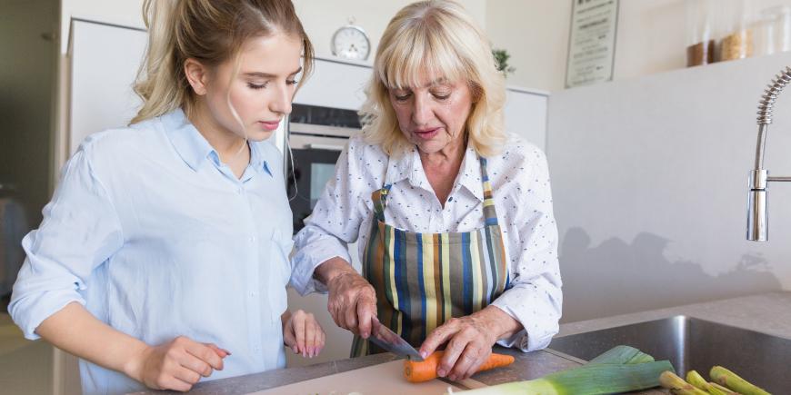 Videotutorial ¿Cómo debe ser la alimentación saludable para personas con Alzheimer?
